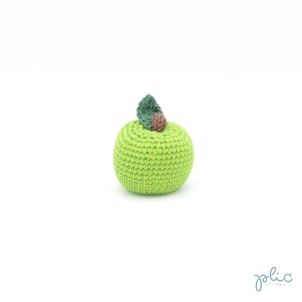 Pomme de 5cm de haut et 6cm de diamètre avec queue et feuille, le tout crocheté par Plic.