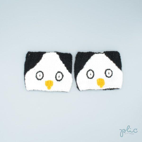 Bandes circulaires de 8cm de haut sur 11cm de large, réalisées au tricot par Plic et représentant la tête d'un pingouin.