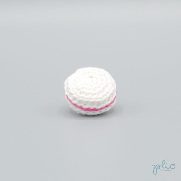 macaron blanc de 3cm de diamètre, crocheté par Plic